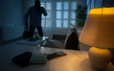 4 anti-burglary tips for today's homeowners