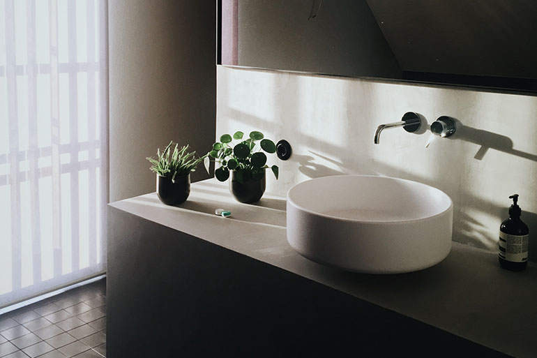 Best bathroom sink designs that overflow with modern style