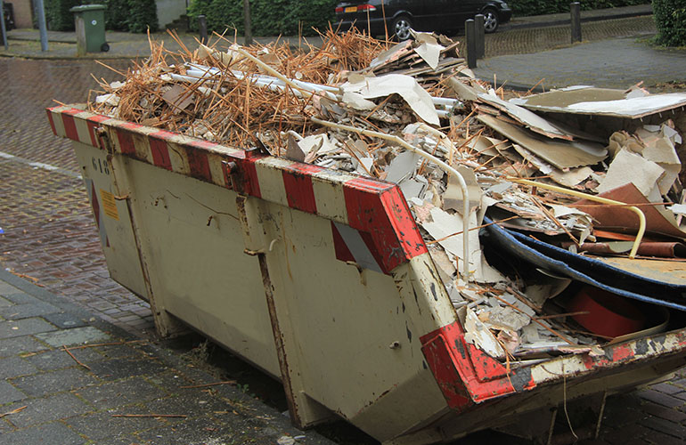 The advantages of rubbish removal services and how to hire the best
