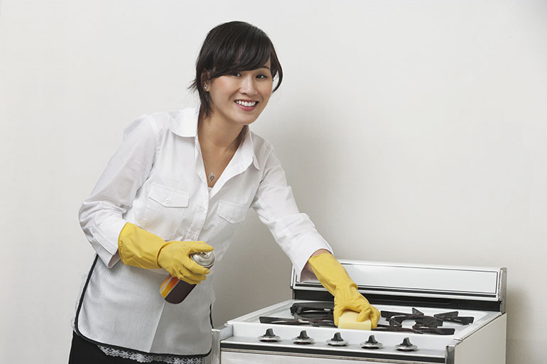 Fast and easy ways to clean stove burners